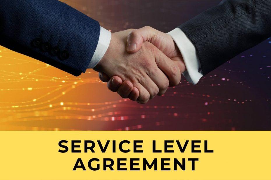 Zwei Hände, die den Abschluss eines Service Level Agreements (SLA) darstellen